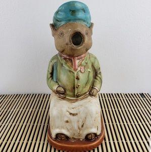 CERAMIC PIG JAR DECOR